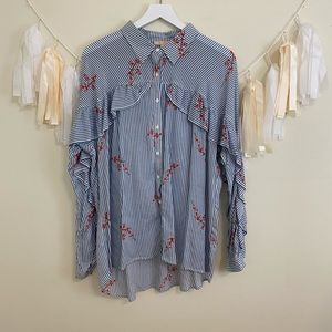 SKIES ARE BLUE Floral Cherry Blossom Ruffle Blouse